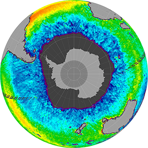 Sea surface salinity in the Southern Hemisphere, August 2011