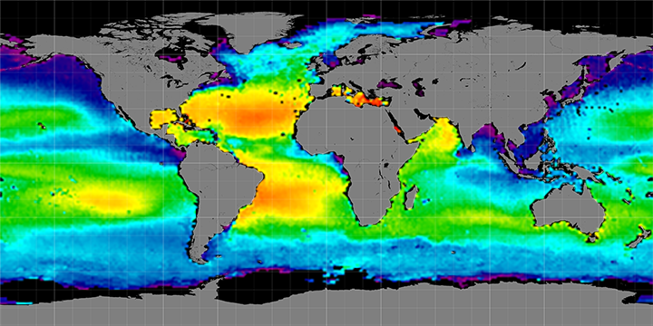 Climatology map of sea surface salinity, April Months, 2012-2015