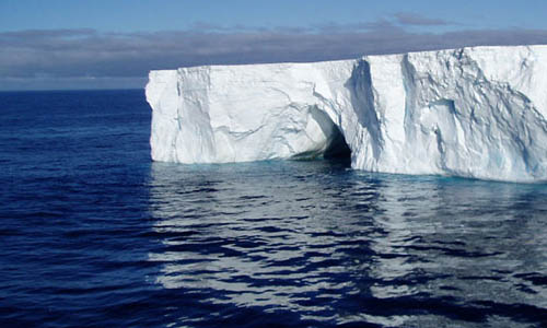 Melting of glaciers and icebergs